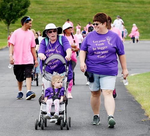 0916 breast cancer walk 4