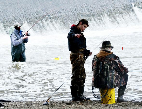 0222 warm fishermen
