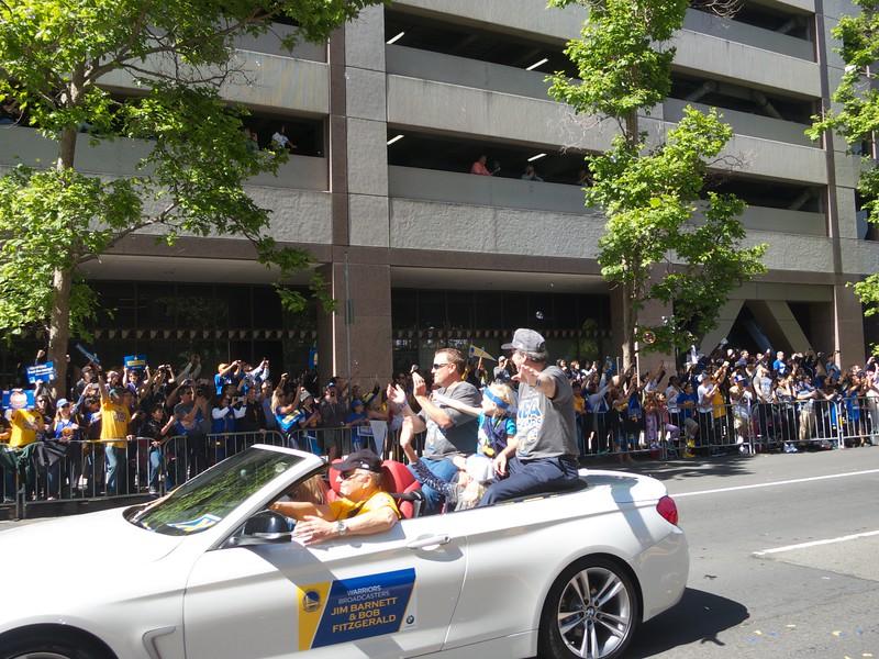 Warriors Parade 2015-06-19 at 10-16-19
