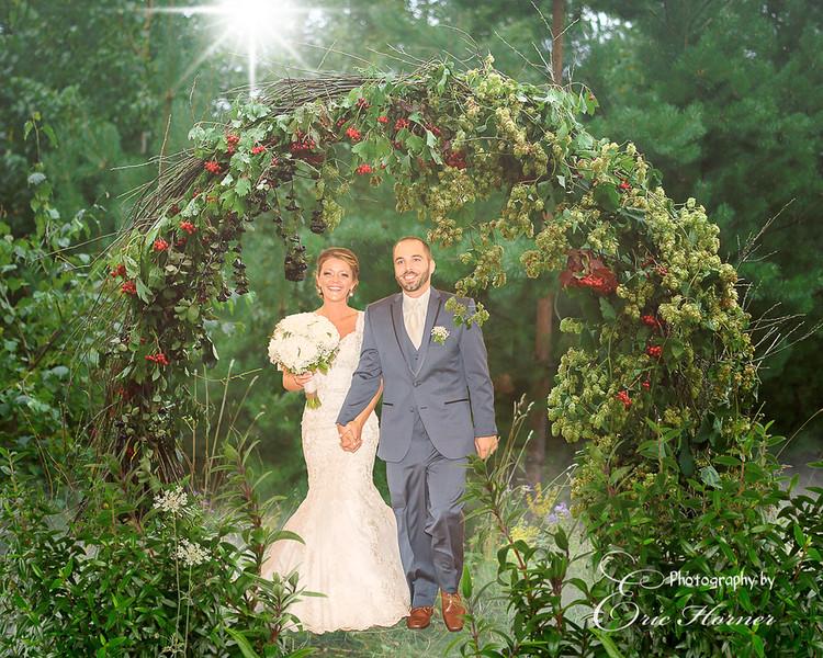 [008]-Denise-Josh-Grapevine Arch-Example-