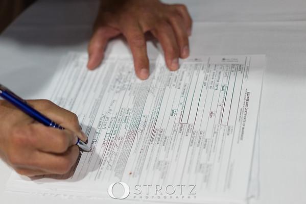 11_signing_476