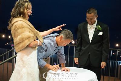 11_signing_474