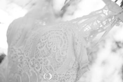 02_The Dress_0040