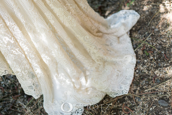 02_The Dress_0043