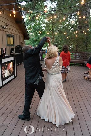 dancing_1041