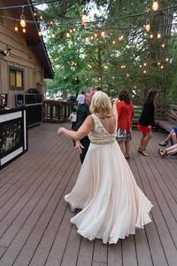 dancing_1043