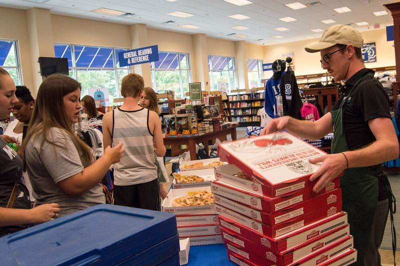 ISU Bookstore VIP shopping night