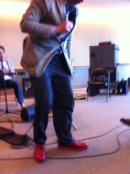 Sedge gets New Shoes<br /> San Francisco 2012-09-15 at 11-29-38