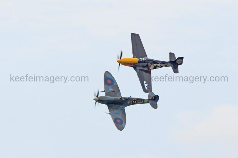 Spitfire Mk. IX and P-51D
