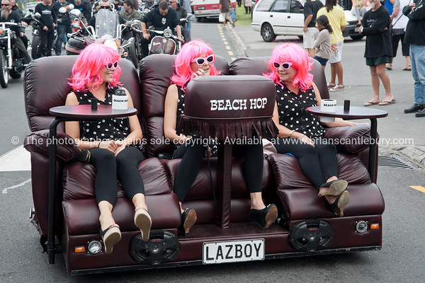 Whangamata Beach Hop 2012. The Beach Hop Girls on mobile Lazyboy.