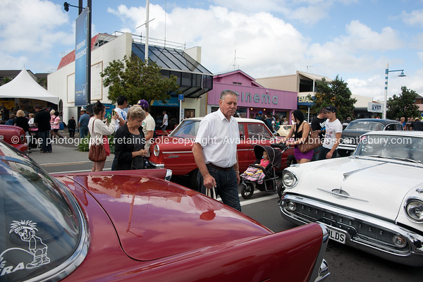 Whangamata Beach Hop 2012. Eric and Carol Newman.