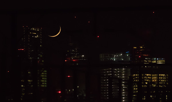 20 January 2018: Crescent moon over the City of London