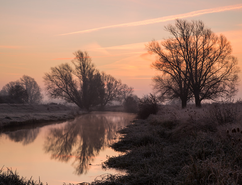 5 December 2016 - frosty mornings up at river