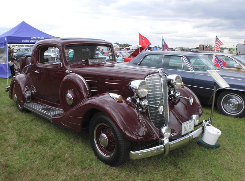 1934 Nash at White Waltham Retro Festival Classic Car Rally 2011