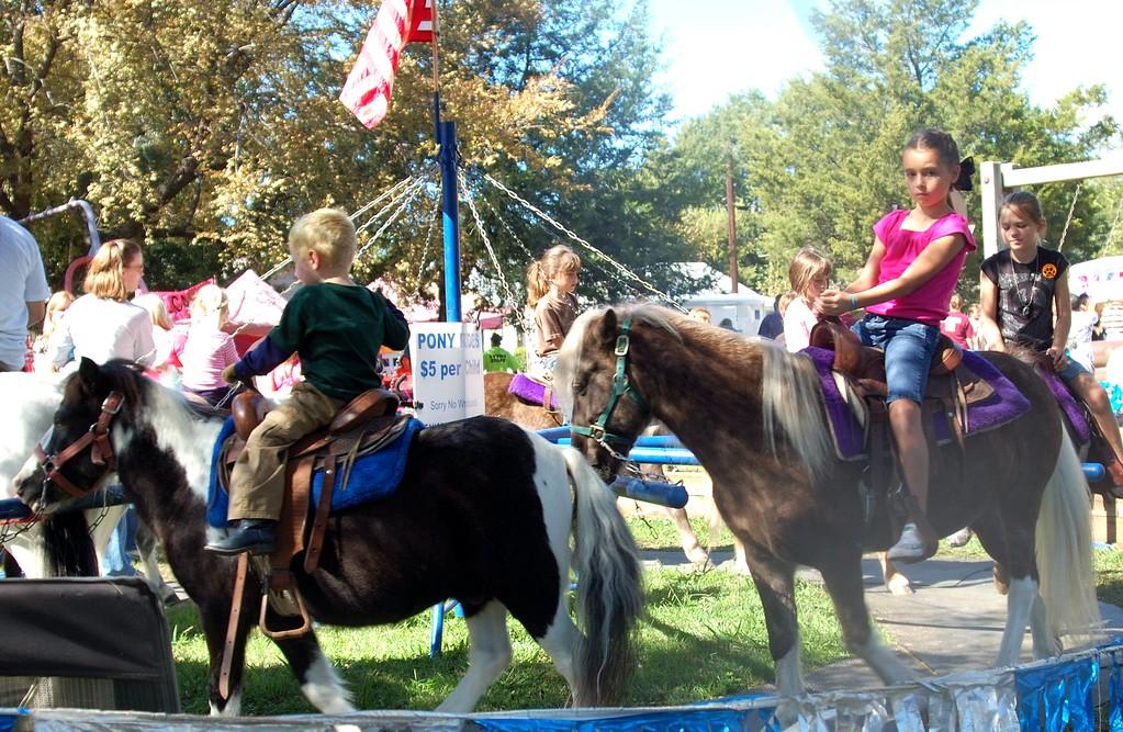 Pony Ride Whitesboro Peanut Festival, 2009