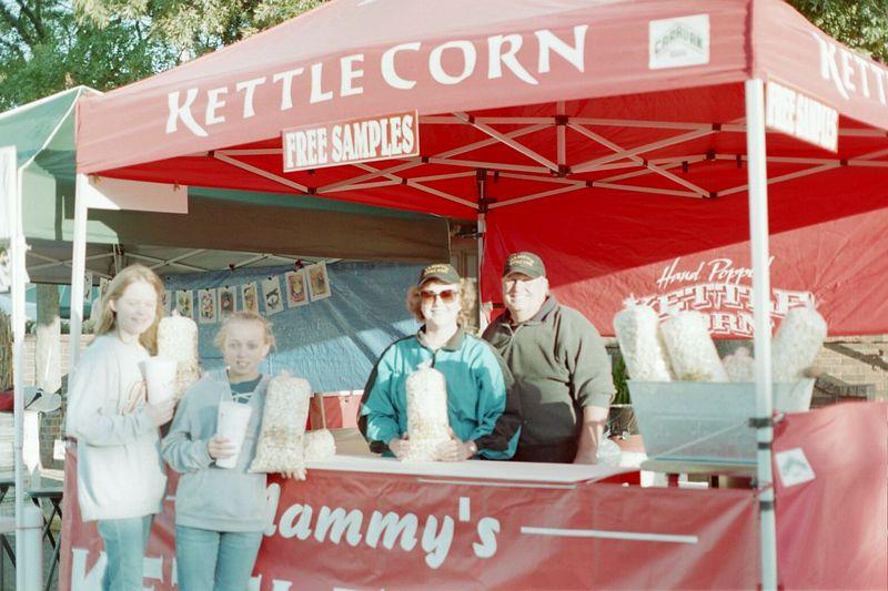 Vendors Whitesboro Peanut Festival, 2004