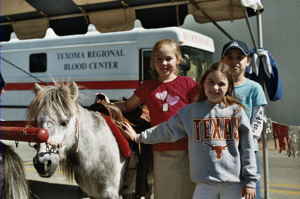 These young ladies volunteered to work with the ponies. Whitesboro Peanut Festival, 2004