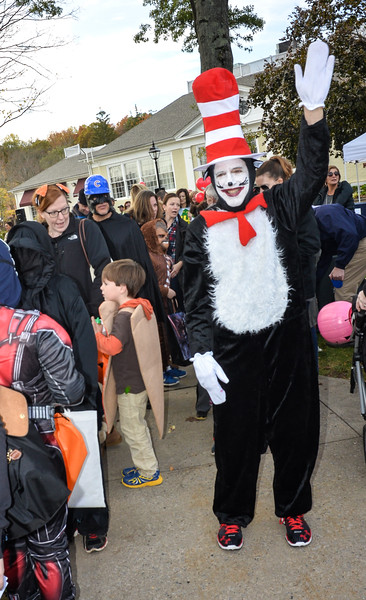 Welcome to the Wilton Halloween Parade... everyone follow the Cat in the Hat