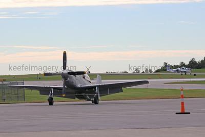 TF-51-25-NT Mustang