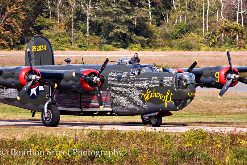 "Consolidated B-24J Liberator ""Witchcraft"" taxiing in for the show."