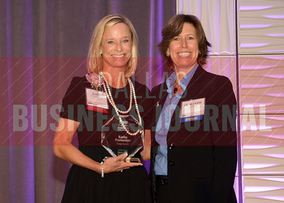 Women in Business award winner, Kathy Permenter, Younger Partners, with Dr. Suzanne Carter of TCU's Neeley School of Business.