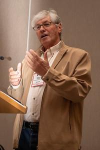Oscar Faoro introduces a speaker