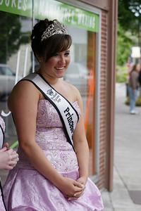 2010 Queen Coronation 087