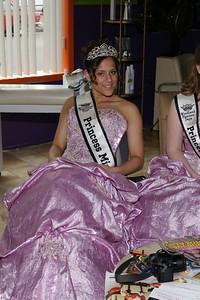 2010 Queen Coronation 067