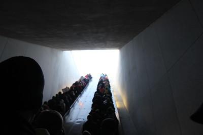 jam packed escalator to Arlington