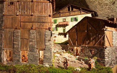 Presepi a Vione (Vione Nativity Scene): almost real rural composition.