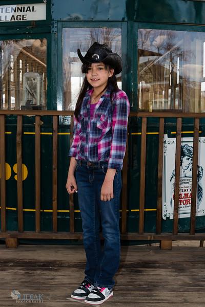 Yulissa MoralesAnnie Oakley