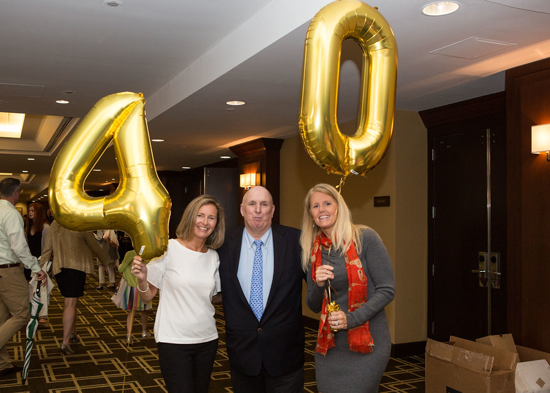 5D3_6131 Kelly Ennis, Coach Nick Cavataro and Joan Lynch