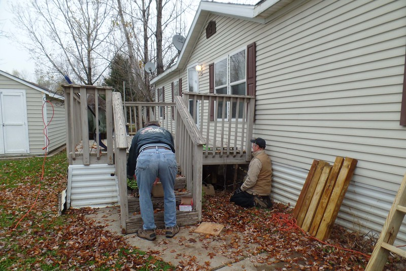 Leveling the existing deck