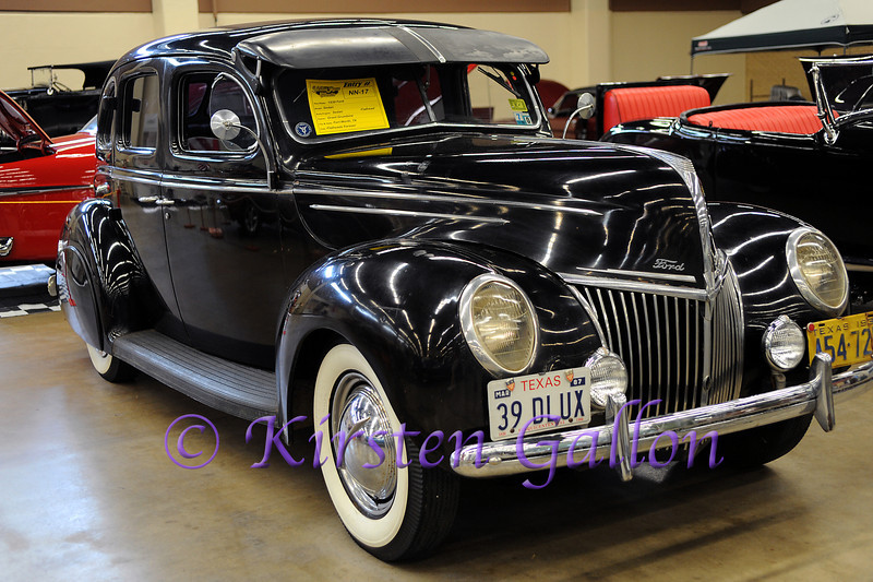 YELLOW ROSE CAR SHOW 2013<br /> 1939 Ford Sedan