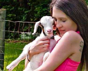 j_Whitney_goat_yoga-3717