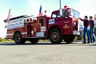 Zac for Sac Fire Truck-5266