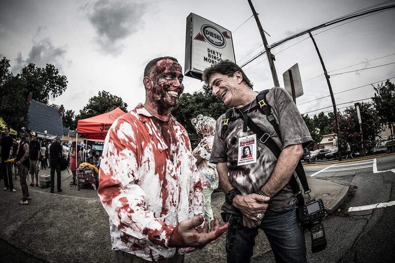 ZombiePubCrawl_TobiasRoybal_07272013-70-2