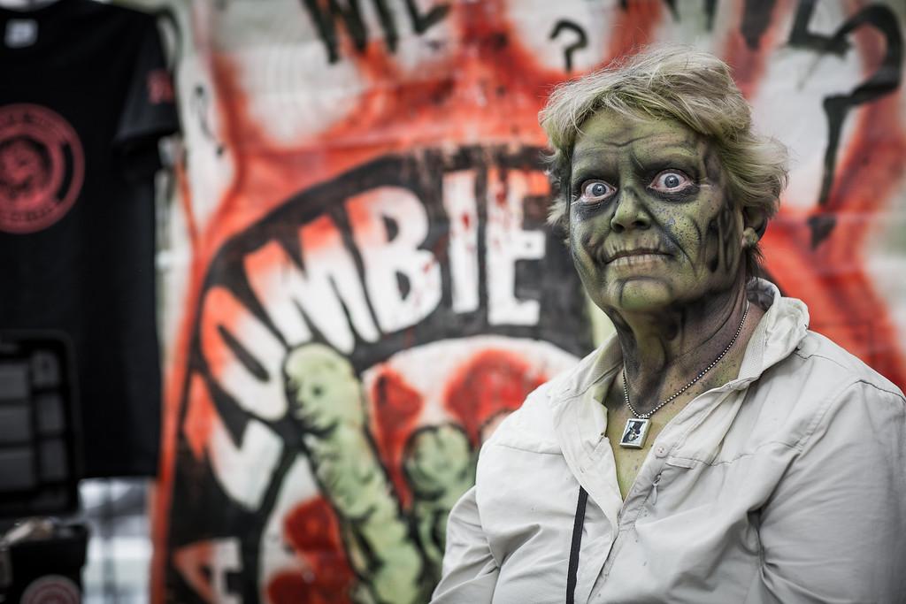 ZombiePubCrawl_TobiasRoybal_07272013-189-2