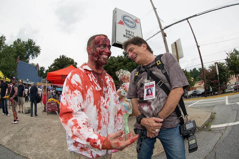 ZombiePubCrawl_TobiasRoybal_07272013-70