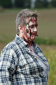 Zombie Warrior Run-244