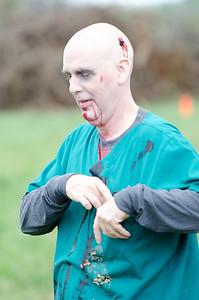 Zombie Warrior Run-221