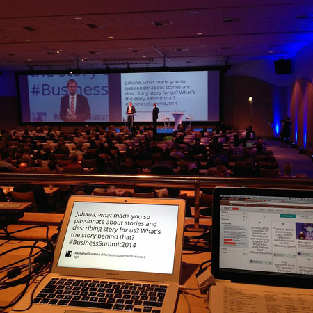 Twitter Q&A at a Speaker Session