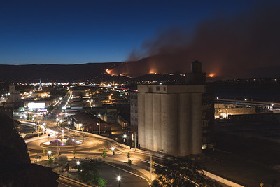 The Rowena Fire marches steadily towards the city of The Dalles on Aug 6th, 2014