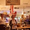 Brot aus Martins Holzofenbäckerei, Weine vom Martinshof und Kaffee von der Martermühle bei Martin in der Kostbar