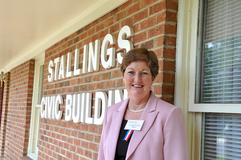 Stallings Mayor Lynda Paxton