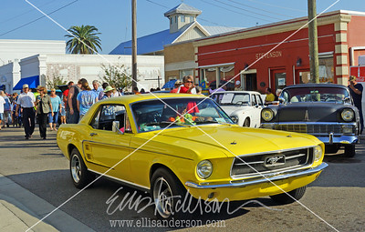 yellow mustang crusin 2099