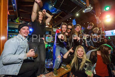Merlins Club Shred with Red Chair