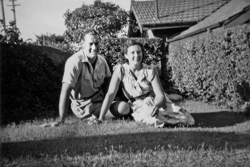 1950-01_Peter_Josie Edmonds_Glenferrie.jpeg