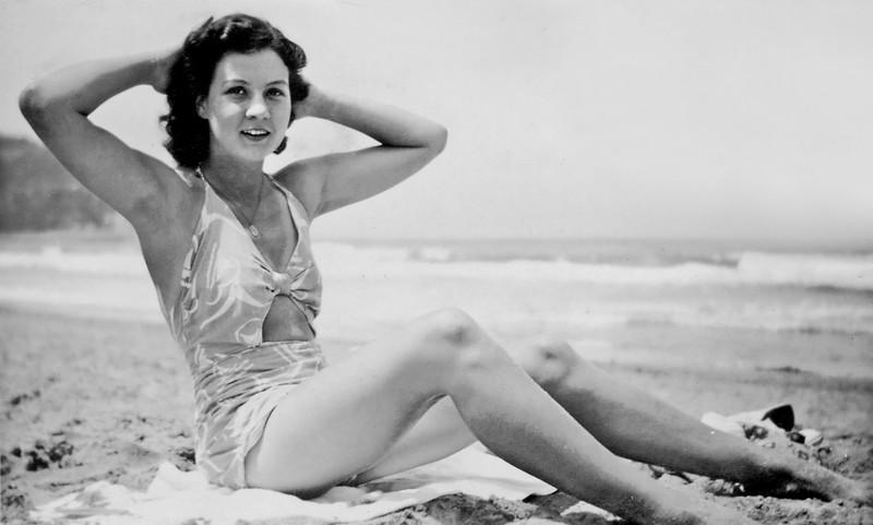 1945-10_Josie Tibbitts_Whale Beach.jpeg