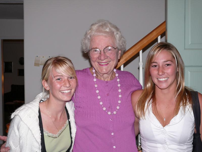 2006-11-26 Mar,Mom,Lyndall